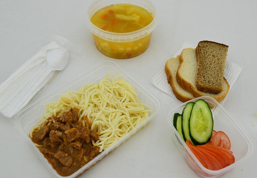 Обед для будущих космонавтов