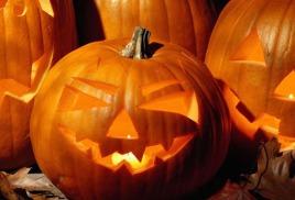Хэллоуин − праздник духов и сладостей